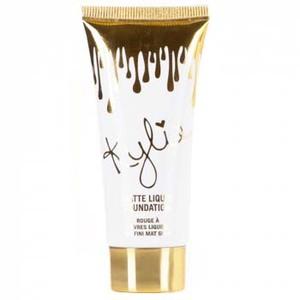 Kylie Matte Liquid Foundation BB Cream 45 ml